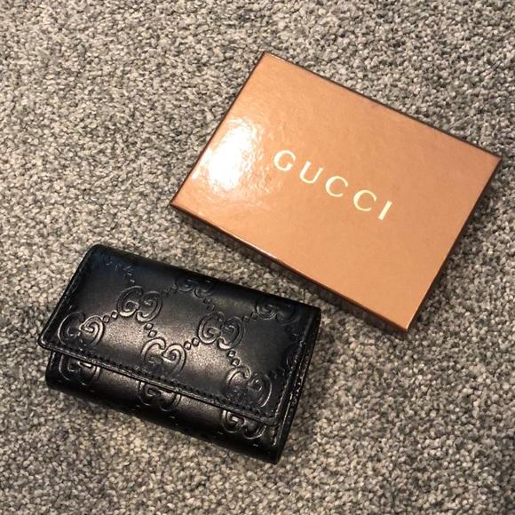 fce37409dad Gucci Accessories - NEW Gucci keyholder black wallet case Guccisima